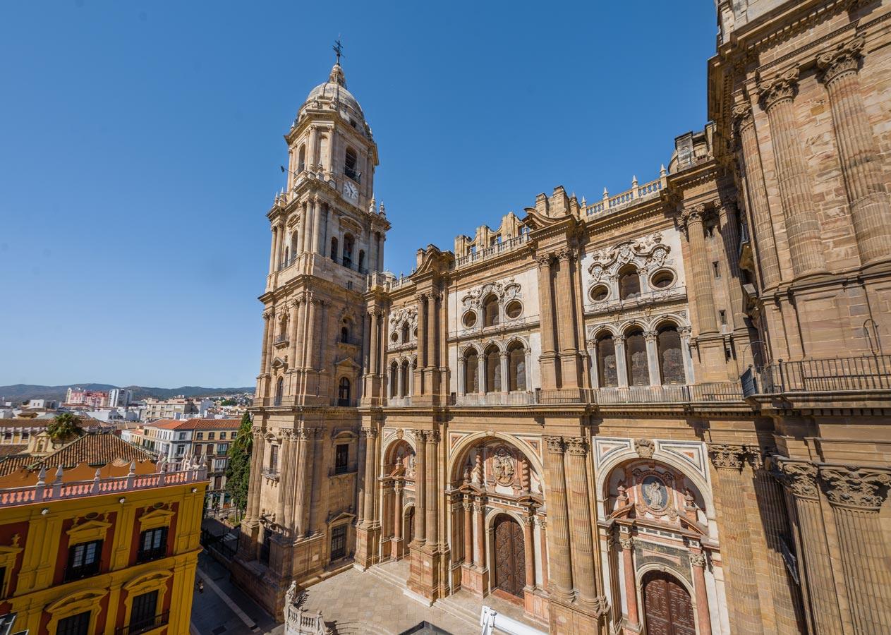 must see catedral de malaga